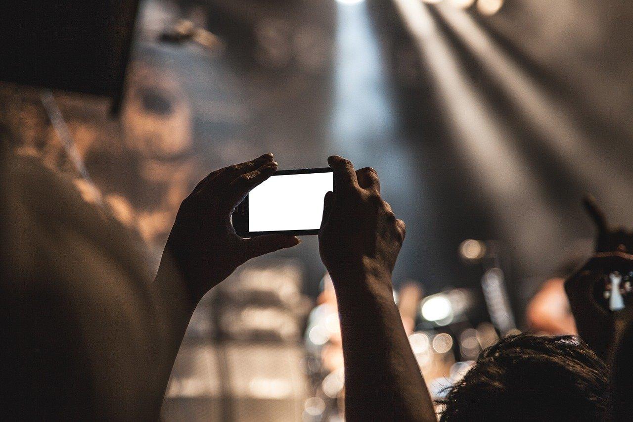 初心者がiphoneで動画編集するならimovie一択。